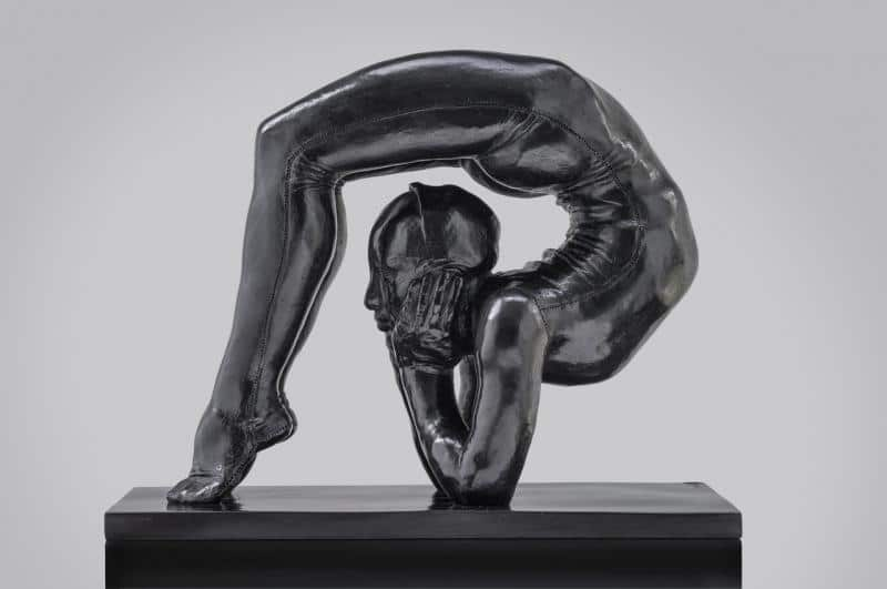 Sculpture contemporaine Mauro Corda le contorsionniste