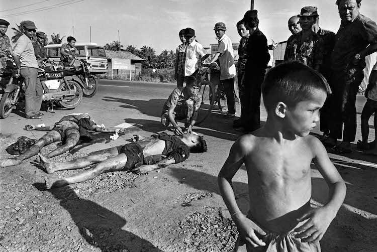 from 'Adieu Saigon' @ photo contemporaine Raymond Depardon and courtesy Steidl